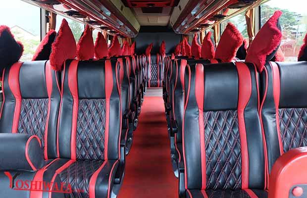 Interior Daftar Harga Sewa Bus Pariwisata di Semarang Murah
